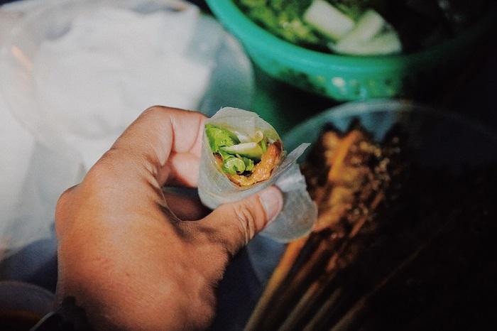 bánh ướt thịt nướng Hội An