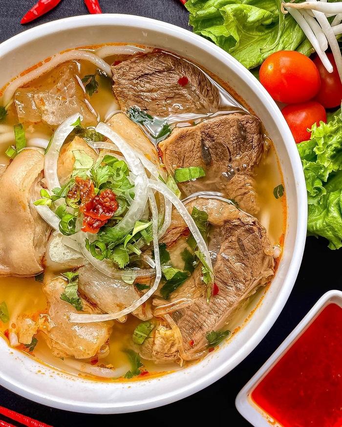 bún bò Huế ngon ở Sài Gòn
