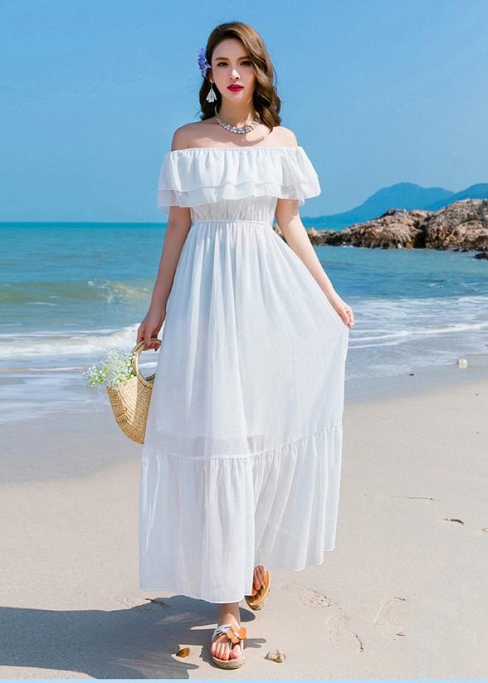 đi biển mặc gì