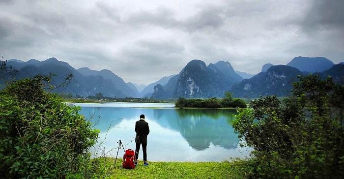 hồ Yên Phú