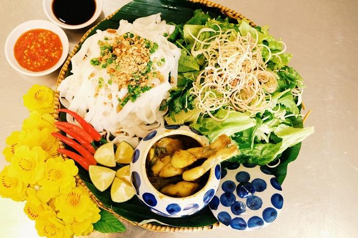Mì Quảng ếch Đà Nẵng