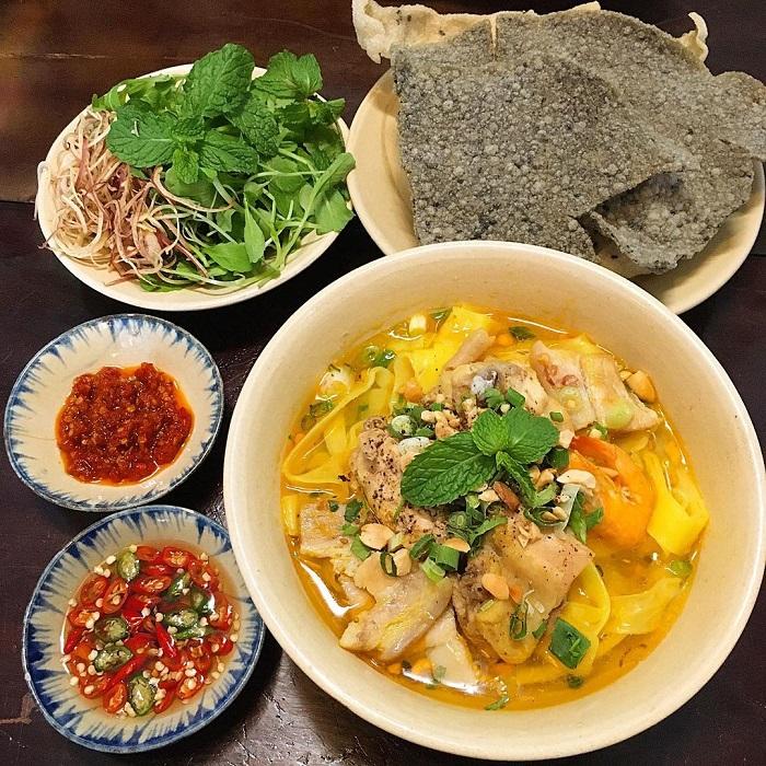 mì Quảng ngon ở Sài Gòn