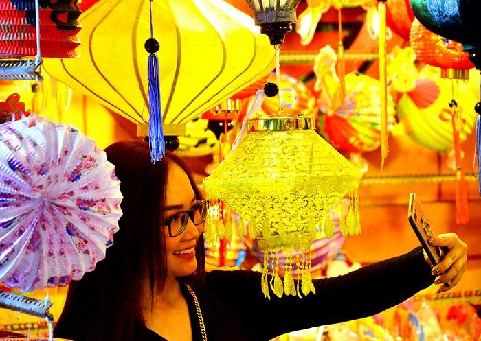 phố lồng đèn Hồ Chí Minh